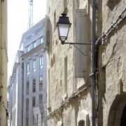 Rue de la Vieille Intendance dans le Quartier Juif médiéval de Montpellier, dernière mention en 1387 d'une synagogue médiévale