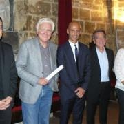 Le représentant de l'Archevêque de Montpellier, l'universitaire, historien et écrivain israélien Eli Barnavi, Michaël Iancu, directeur de l'Institut Maïmonide, Hubert Allouche, président du CRIF Montpellier L.R. et Perla Danan, adjointe au maire de Montpellier en 2013