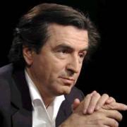 Le philosophe Bernard-Henri Levy en 2001