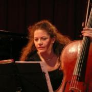 Sarah Iancu, violoncelle solo à l'Orchestre National du Capitole de Toulouse en 2007 et 2010