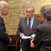 Le Maire de la Ville de Montpellier et Président de Montpellier Méditerranée Métropole, Philippe Saurel, entouré de Michaël Iancu et Gilbert Dahan (CNRS-EPHE), octobre 2016